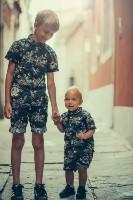 Bambini più piccoli e più grandi